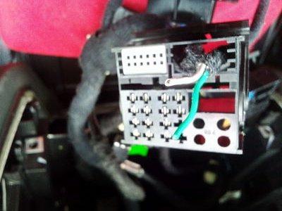 6.- Conector nuevo equipo con cables cortados.jpg