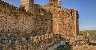 montes de toledo 27 castillo  montalban    .jpg