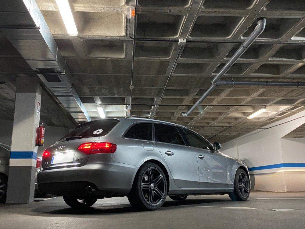 Audi1.jpg